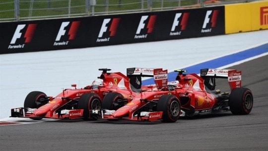 Battaglia Vettel Raikkonen bis Gara