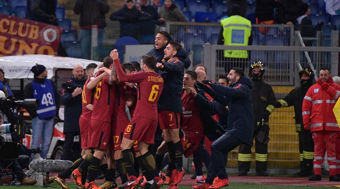 La Roma aggancia la Juventus