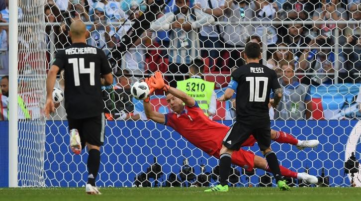 Messi e l'obbligo del rigore