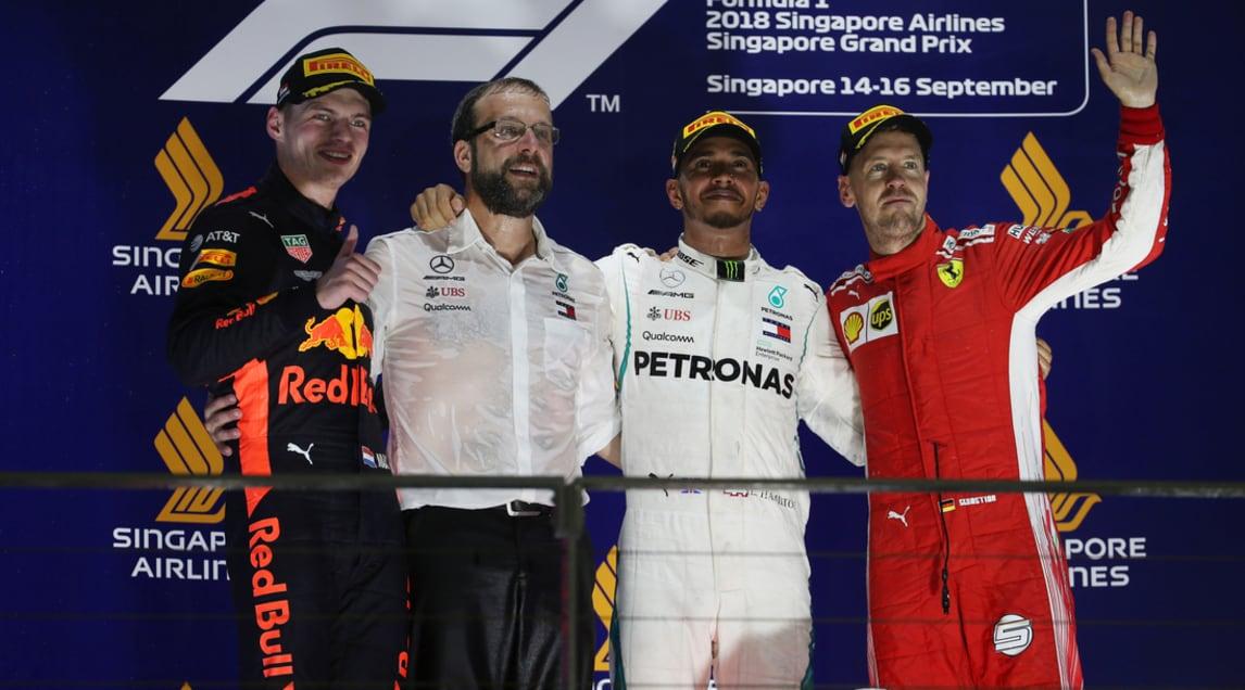F1 Singapore: Hamilton a forza 40, Vettel solo terzo
