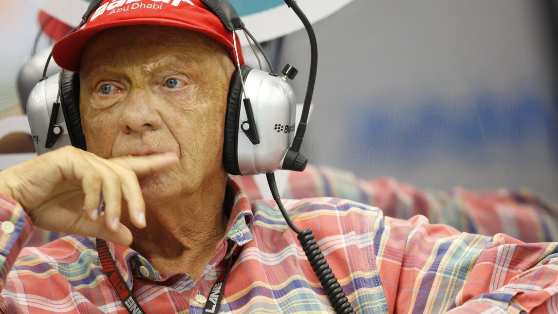 Niki Lauda dimesso dall'ospedale di Vienna, passata la paura