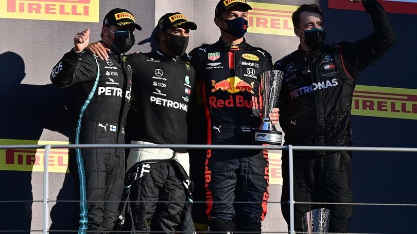 F1 Mugello: la novantesima vittoria di Hamilton e il primo podio di Albon