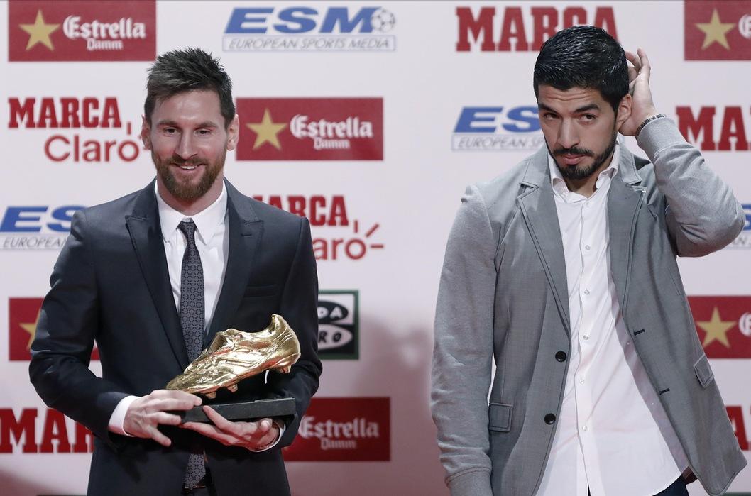 Il solito premio di Messi-CR7 e la vera Scarpa d'Oro